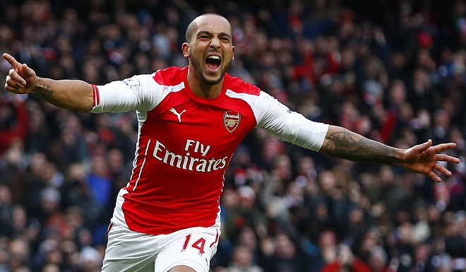 Walcott joins Everton for £20m