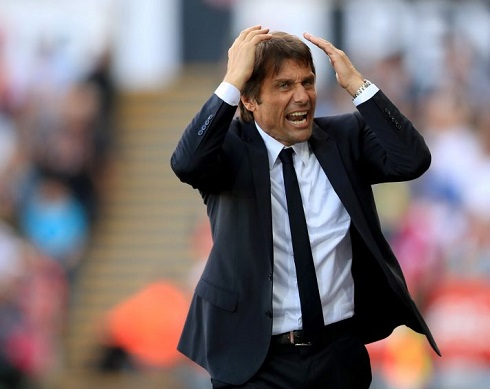 Conte feels the pressure as Watford hit 4 goals past 10 men Chelsea.
